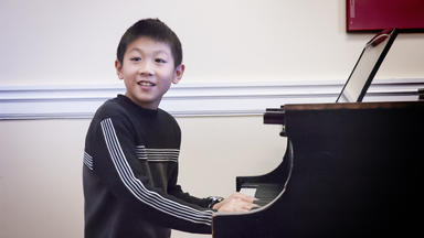 A young Prep pianist